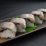 脂のりのり国産真さばの炙り〆鯖寿司