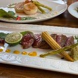 イタリアンテイストな肉料理や魚料理も絶品です!