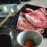 肉本来の甘みを十分に感じるトロ肉3秒炙り