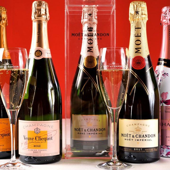 大切なお客様を招く接待には特別な銘柄を。シャンパンもあります