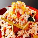 ◆ 6番27ふ頭・名物 ◆~本ズワイ蟹のぶっかけ出汁巻き玉子~