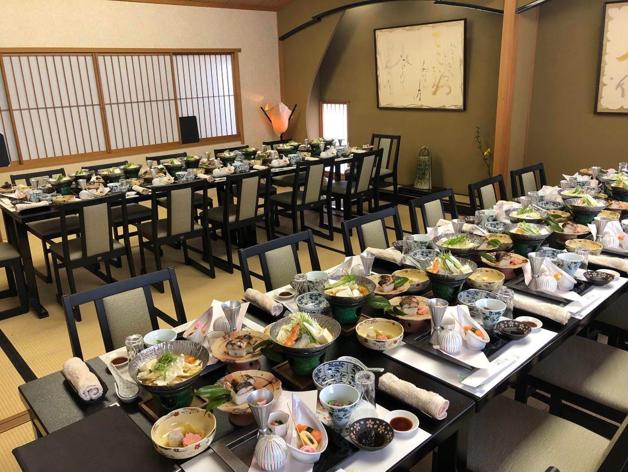 テーブル席・完全個室(壁・扉あり)・10名様~40名様