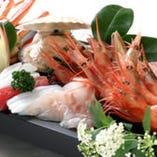 日本海から水揚げされる、 身の引き締まった極上の魚介類