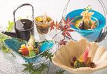 お食い初め・還暦のお祝いなど、お祝いシーンに相応しい、心温まる料理をご用意しております。