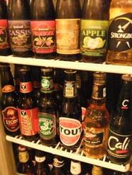 世界のビールやフルーツビールなど約30種!!