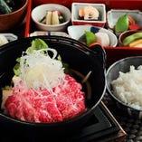 期間限定『神戸ビーフのすき鍋』
