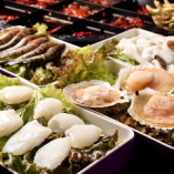 エビやイカ、蟹やホタテなど魚類から貝類まで幅広く取り揃え◎