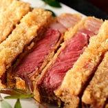 低温でじっくり旨みを凝縮させた、美味しい肉料理をどうぞ!