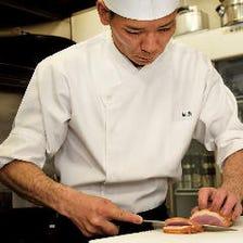 歴史ある鴨料理とオリジナル料理