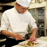 歴史ある名古屋(八事)の老舗で8年勤め習得した技