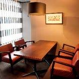 少人数から40名様の貸切宴会まで対応可能 カラオケ付完全個室有
