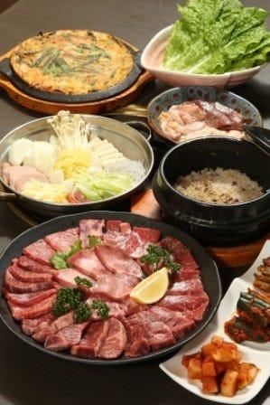 ダイナマイト級満足度!■ぐるなび限定■焼肉と韓国料理が楽しめる超お得コース!飲み放題付きで4,000円!