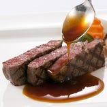 【ディナー】高橋総料理長厳選素材のディナーコース 【¥5,000~】(※メインは和牛、豪州産牛フィレ肉、オマール海老よりお選びいただけます。※写真は和牛)