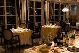 ホテルレストランでゆっくりとしたお食事の時間をお楽しみください。