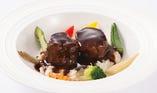 【メインが選べるランチブッフェ】じっくり丁寧に12時間かけた 牛ホホ肉の赤ワイン煮込み