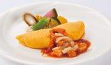 【メインが選べるランチブッフェ】ぷりぷりの海老を卵で包んだエビチリオムレツ