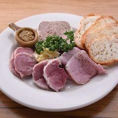 豚肉料理いろいろ盛り合わせ
