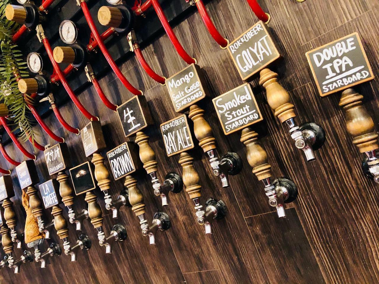 自家醸造ビールを含む樽生ビールが約14種類!