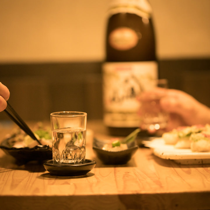 多彩な美酒と共に、今宵も楽しい語らいをお楽しみください