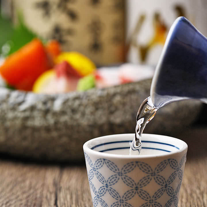 日本酒によく合う!お造り盛り合わせは5種をご用意