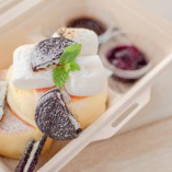 スフレパンケーキ ベリーとオレオとチョコレートスモア