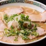 伝統の味を追求する中華そば
