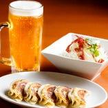 ビールや日本酒はもちろん、果実酒や紹興酒もいろいろ楽しめる♪
