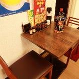 気軽に座れるテーブル席完備◎ランチにもご利用ください♪