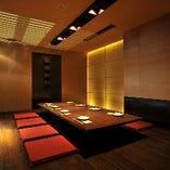 掘り炬燵式の完全個室席