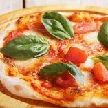 一番人気!シンプルに!マルゲリータピザ!!