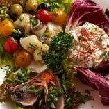 ■旬の前菜2種(魚介のキムチ和え、梅和え、山葵和え、磯和え、柚子胡椒、カルパッチョ、テリーヌなど)