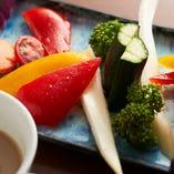 フレッシュ野菜のクリーミーバーニャカウダ