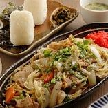 【博多グルメ】焼きラーメン、胡麻鯖、酢もつ、豚バラ串!