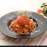 丸ごとトマトとモッツァレラのスパゲッティランチ