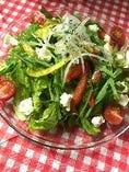 彩り野菜とクリームチーズのあっさりサラダ