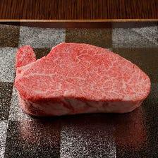 ステーキで味わう厳選長期肥育米沢牛