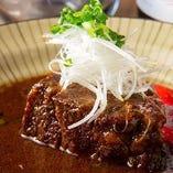 【逸品】 もつ鍋や、北九州の郷土料理「ぬか炊き」も楽しめる