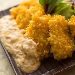 【名物!サクサク南蛮揚げ】心地よい食感と自家製タルタルソースが決め手