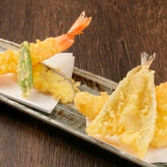 約30種類の天ぷらが楽しめる!