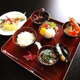 お食い初めお祝いセットをサービス価格で!!