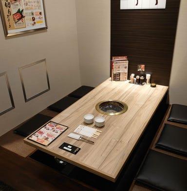 焼肉おもに亭 アリオ西新井店 店内の画像