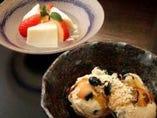 黒豆ときな粉のアイスと 酒粕のプリンイチゴと日本酒ゼリー