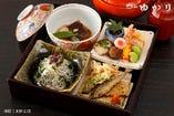 季節の旬の食材で作り上げたお値打ちな松花堂弁当!要予約です。