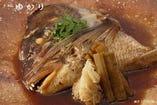 ゆかり名物特大、鯛かぶと煮