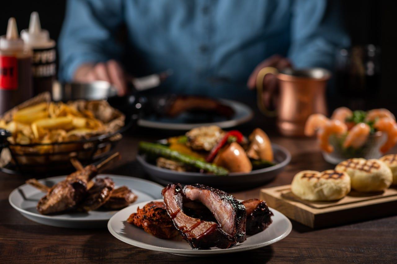 焼き立てのお肉が90分食べ放題