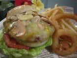 マッシュルームチーズバーガー