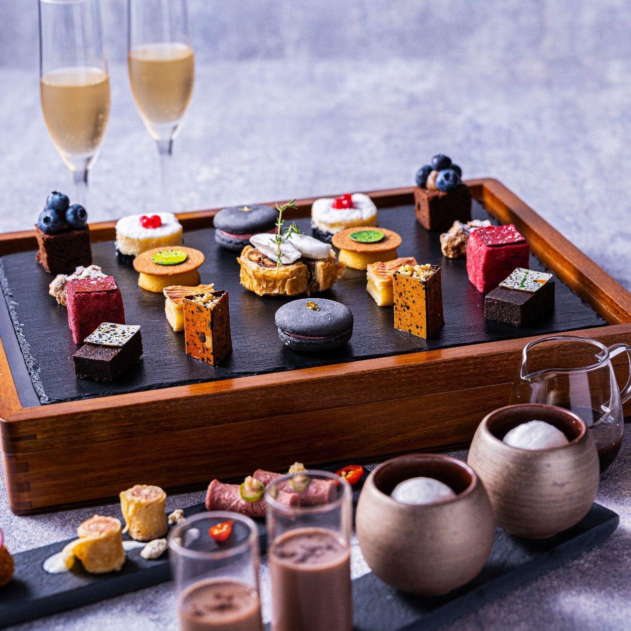 【アフターヌーンティー&乾杯ドリンク】厳選した季節フルーツのデザートやロンネフェルトの紅茶や日本茶等