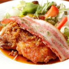 鶏モモ肉のステーキ ガーリック風味