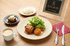 鳥取和牛のハンバーグステーキ&鳥取県産紅ズワイガニのクリームコロッケ