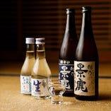 定番の「沢の鶴」に加え、メニューにない日本酒も多数ございます